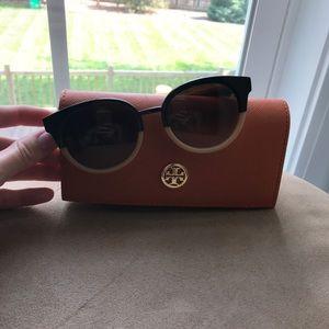 Tory Burch tan and brown circle Sunglasses